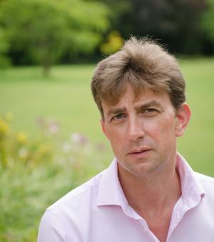 Dr Jon Parkin